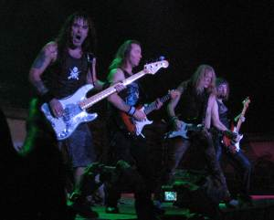 iron_maiden_-_bass_and_guitars_30nov2006